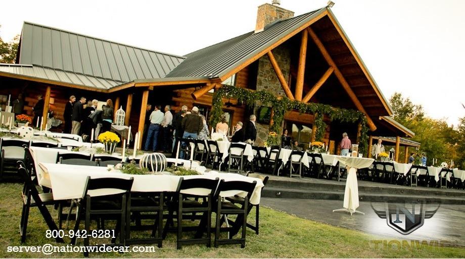 5 Delightful Reasons to Love a Log Cabin Wedding